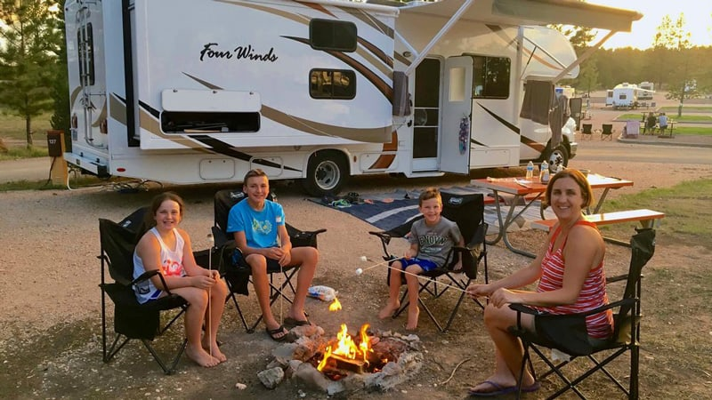 Best Guide to RV Living