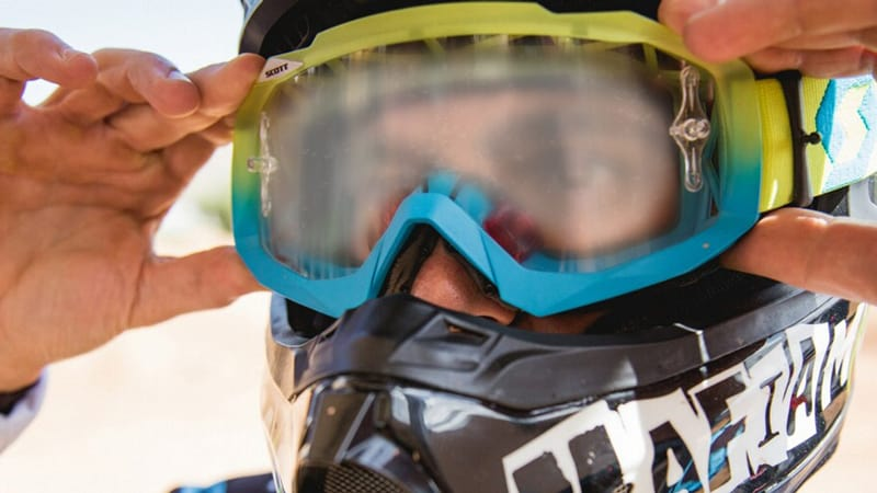 Tips To Keep Ski Goggles From Fogging