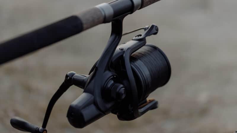 round baitcasting reel